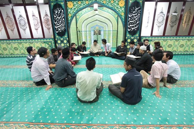 Quranic Classes Male (650 x 433)